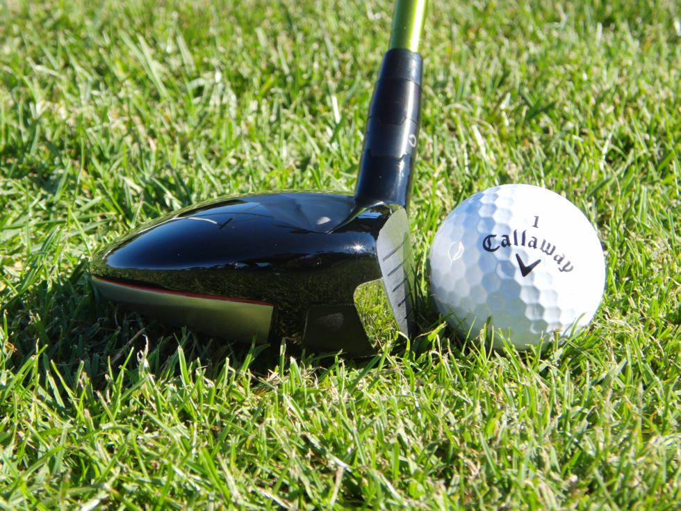 callaway_razr_fit_fairway_withball