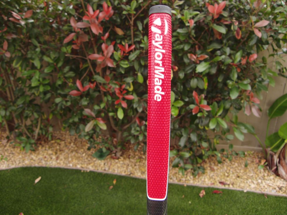 taylormade_ghost_spiderS_putter_grip.jpg
