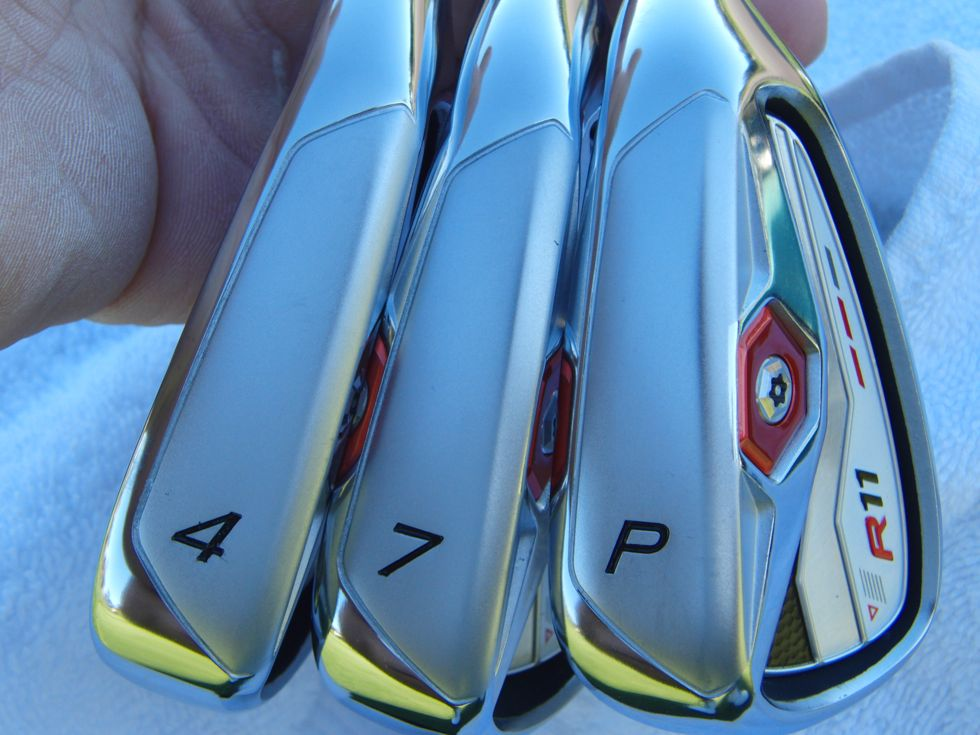 taylormade_r11_irons_soles.jpg