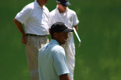 Memorial Tiger Woods Happy