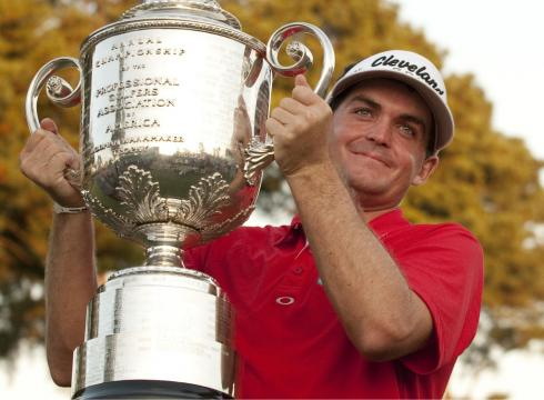 2011 PGA Championship winner Keegan Bradley holding the trophy