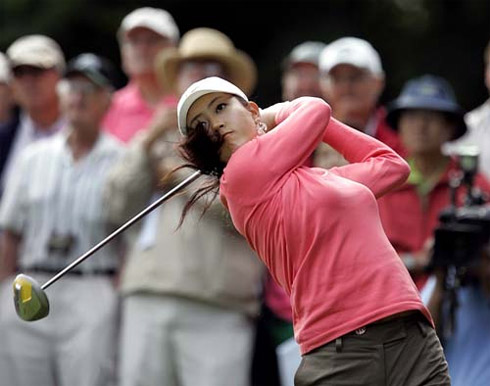 is tiger dating michelle wie