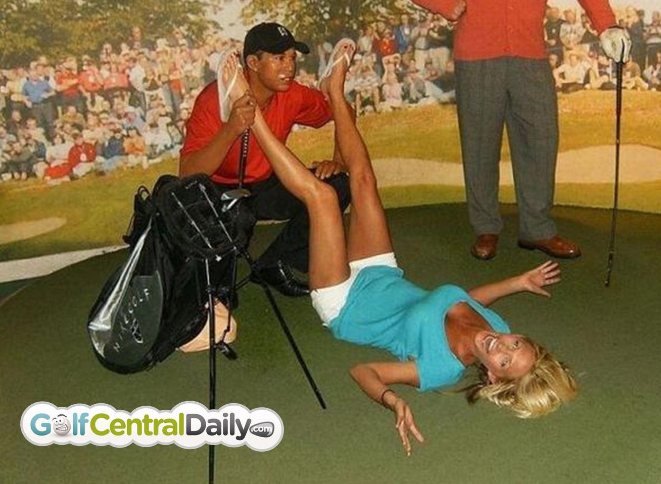 Woman Ejected From Madame Tussauds After Interfering With Tiger Woods Waxwork Golf Talk The Sand Trap